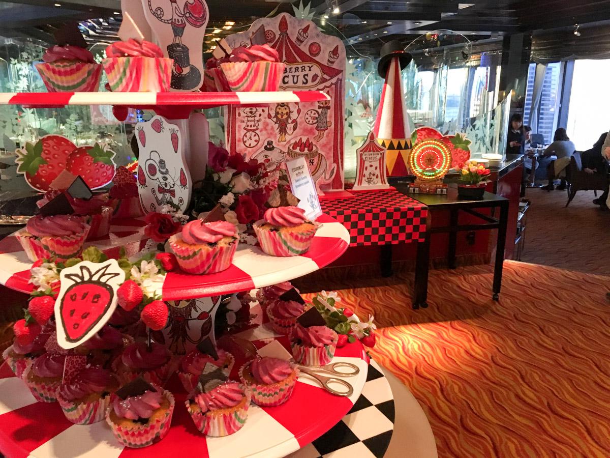 【行ってきました】2018 ヒルトン大阪の苺ブッフェに行ってきました